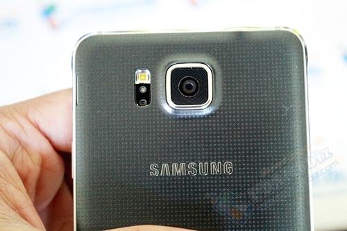 Samsung-GalaxyAlpha-1T-016