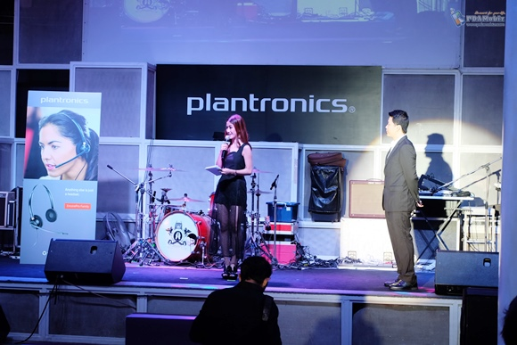 plantronics_b2bpro34