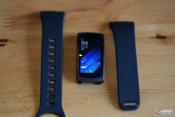 Samsung-Gear-Fit-2-006