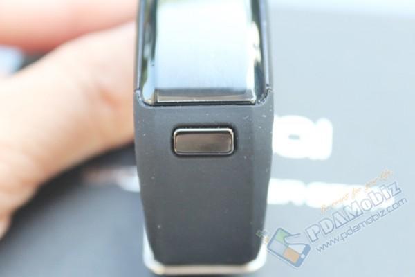 DT No 1 Smartband F1 011