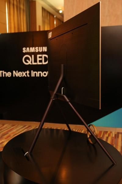 Samsung QLED TV 06