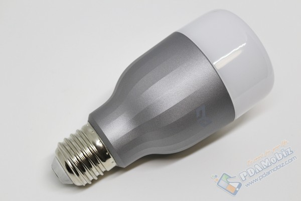 Yeelight Smart LED BUlb Color 007